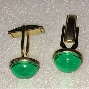 Round Green Cabochon & Goldtone Cuff Links Studs